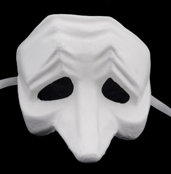 masque de venise peindre pucinella en papier m ch masque blanc masque peindre masque. Black Bedroom Furniture Sets. Home Design Ideas